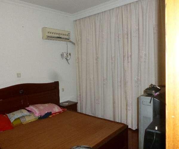 安置房卧室装修图片